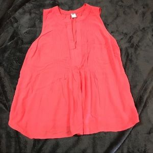 🧡Old Navy pleated front v-neck coral flowy top💛